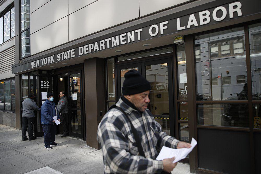 VIRUS - NYC UNEMPLOYMENT OFFICE - AP 3-18-2020.jpeg
