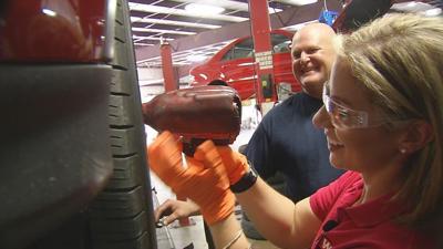 GINA ON THE JOB: Auto Mechanic