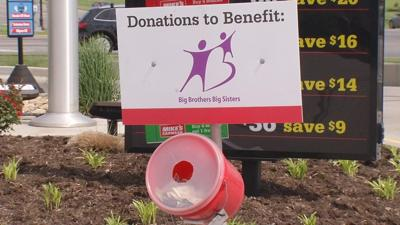 Nearly 1,000 vehicles washed in Louisville and Jeffersonville to benefit Big Brothers Big Sisters