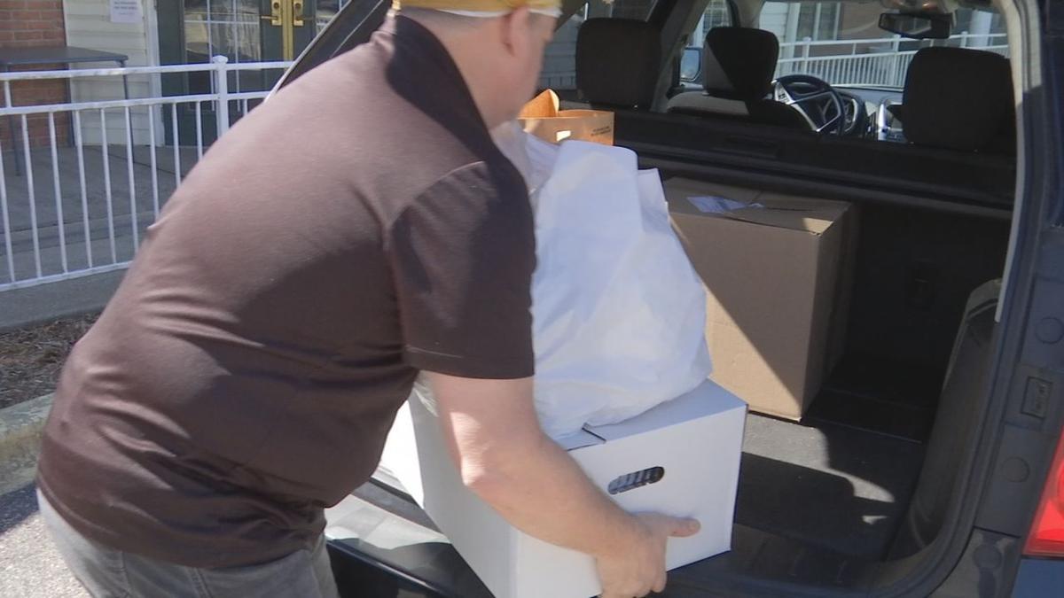 Joella's Delivering Meals