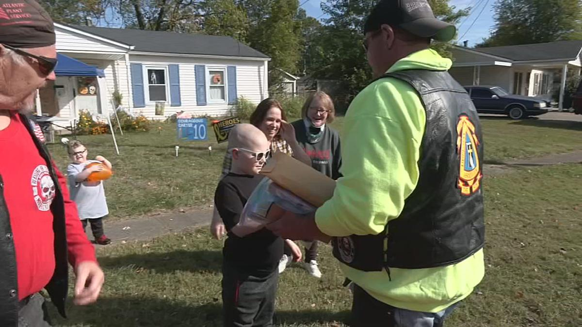 Bikers deliver birthday cards to Louisville boy with cancer; count grows to more than 13,000