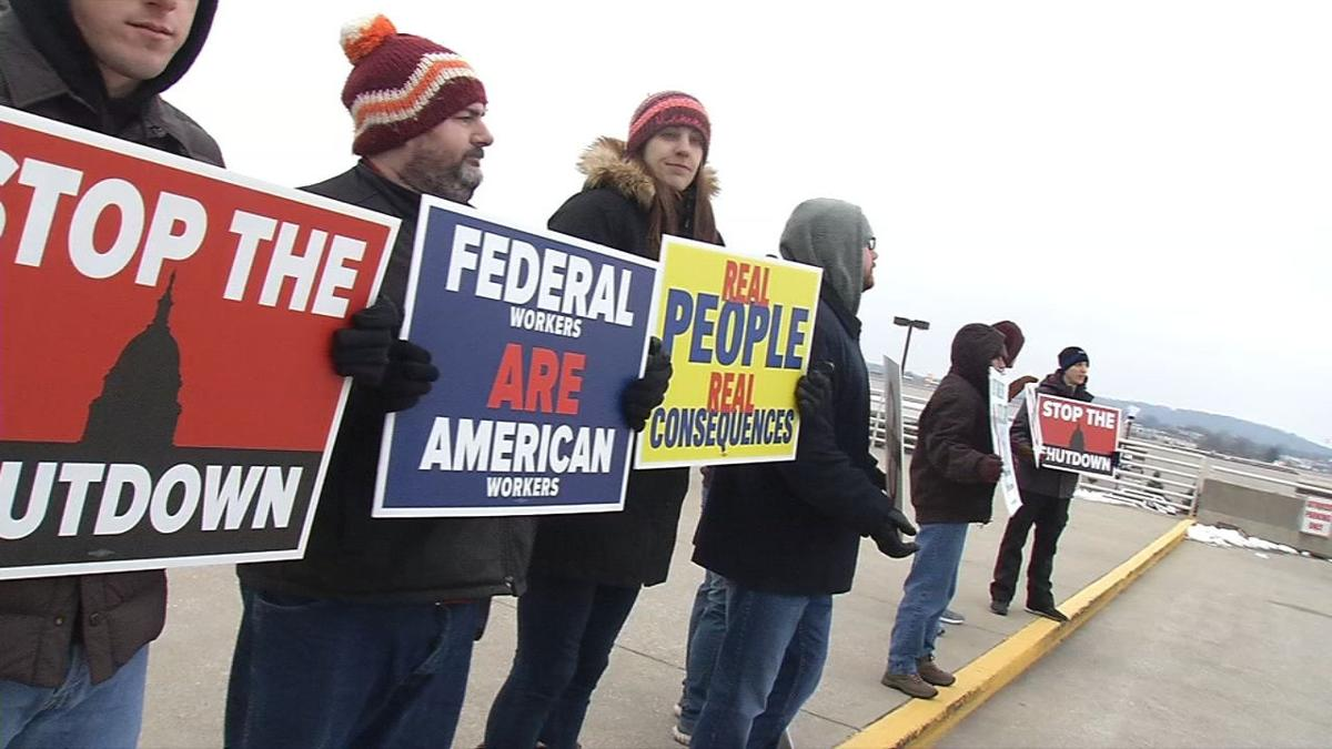 FAA workers protest