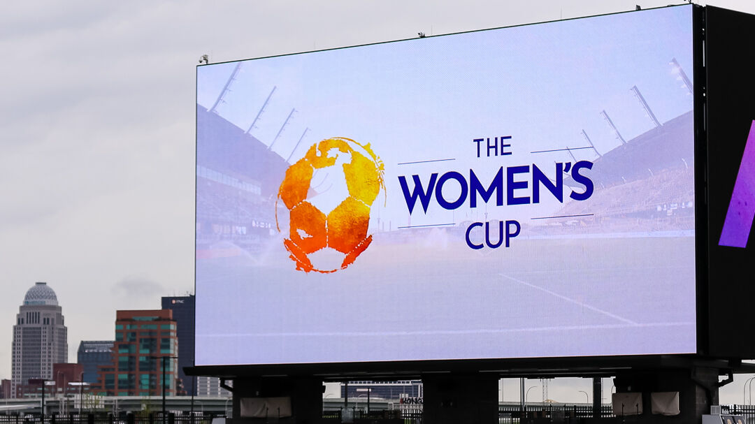 Women's Cup sign