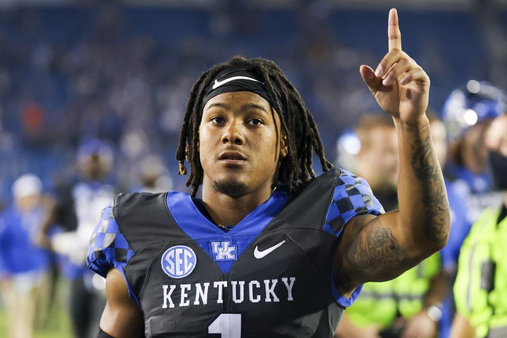 Kentucky wide receiver Wan'Dale Robinson against LSU