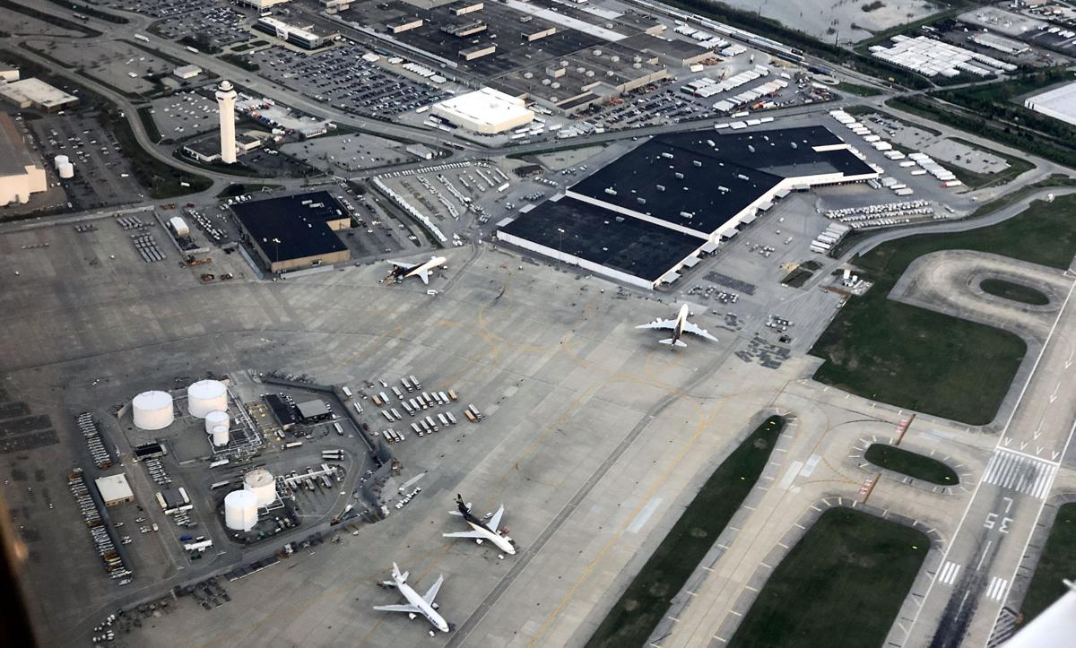 Aerial view of Louisville Muhammad Ali International Airport (KSDF)