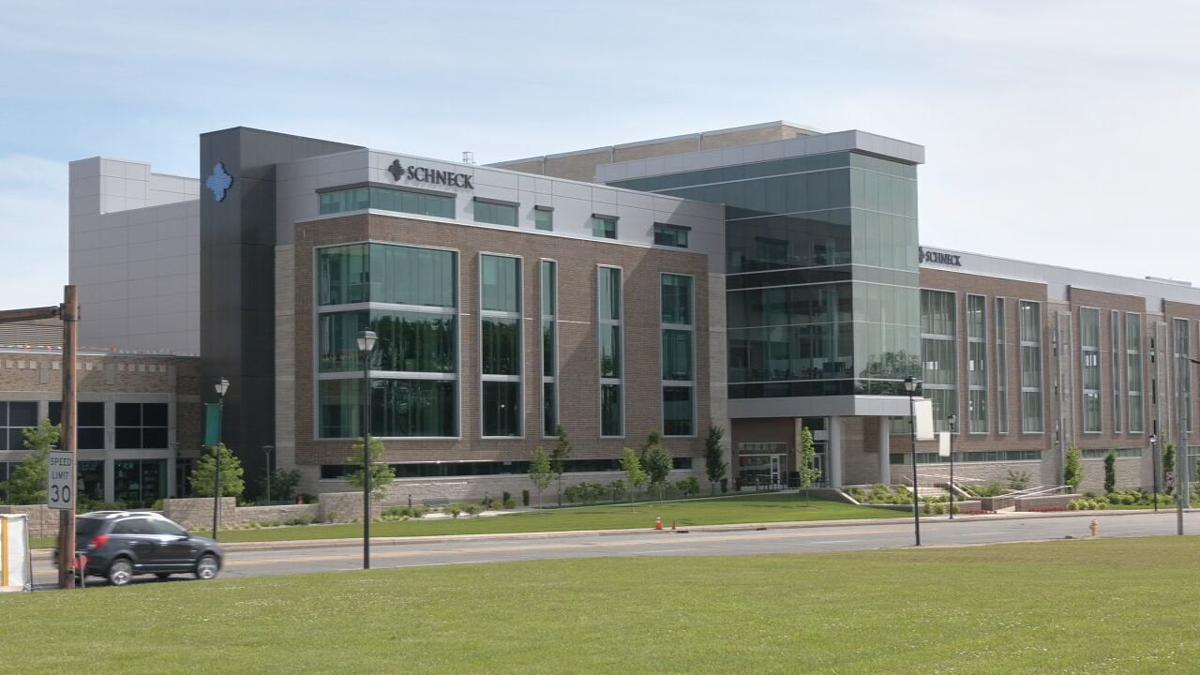 Schneck Medical Center 4058.jpeg