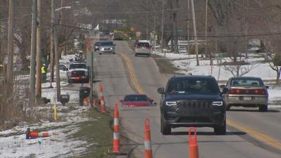 Crews break ground on $8 million widening project of Holmans Lane in Jeffersonville