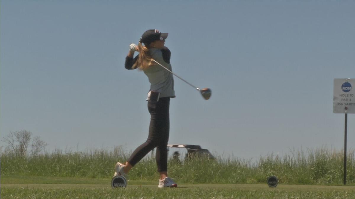 Louisville Women's Golf