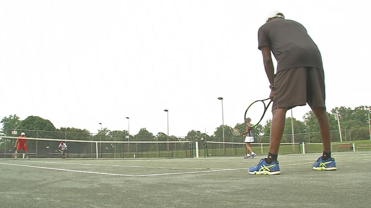 Chickasaw Park clay tennis courts