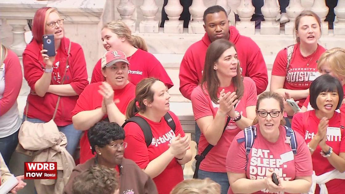 SUNDAY EDITION | JCPS split from Kentucky teacher advocates a year