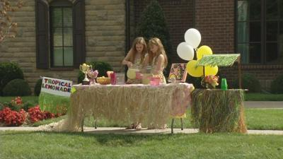 12-year-old Louisville girls win business award for nation's best lemonade stand