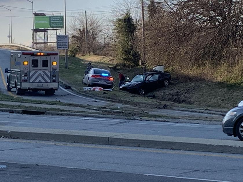 Police chase, crash closes I-65 southbound ramp