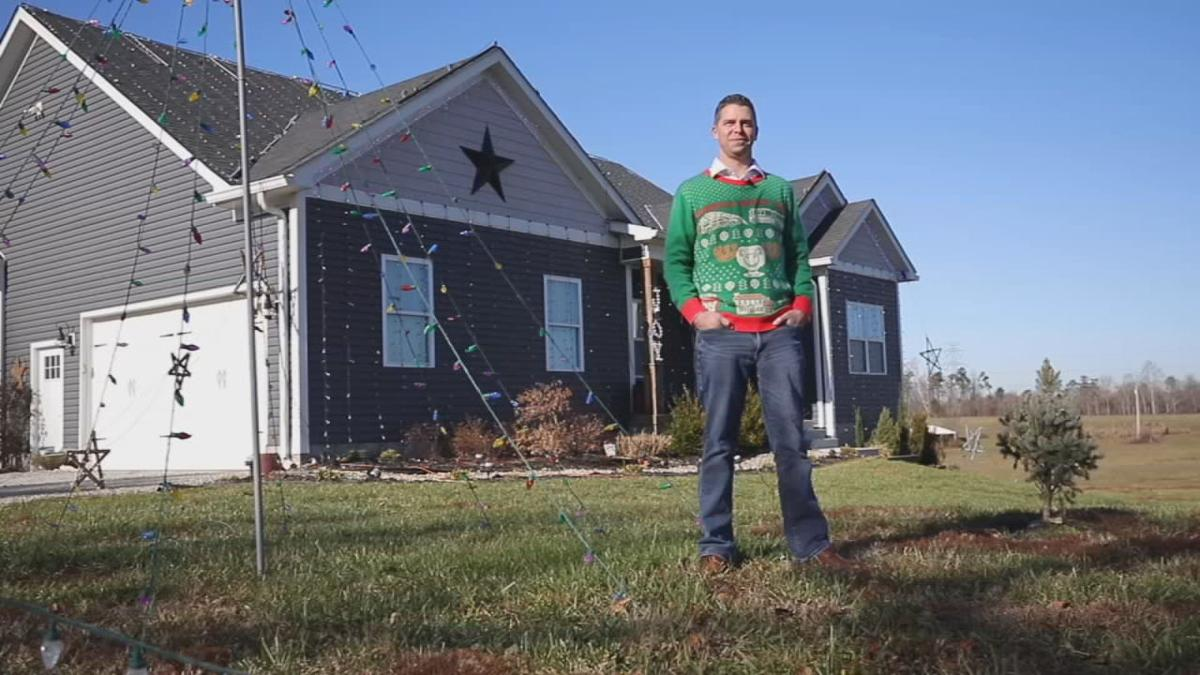 Shepherdsville growing holiday light show attracts nightly crowds