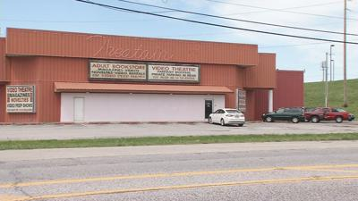 Zoning violations could close long-standing Clarksville adult