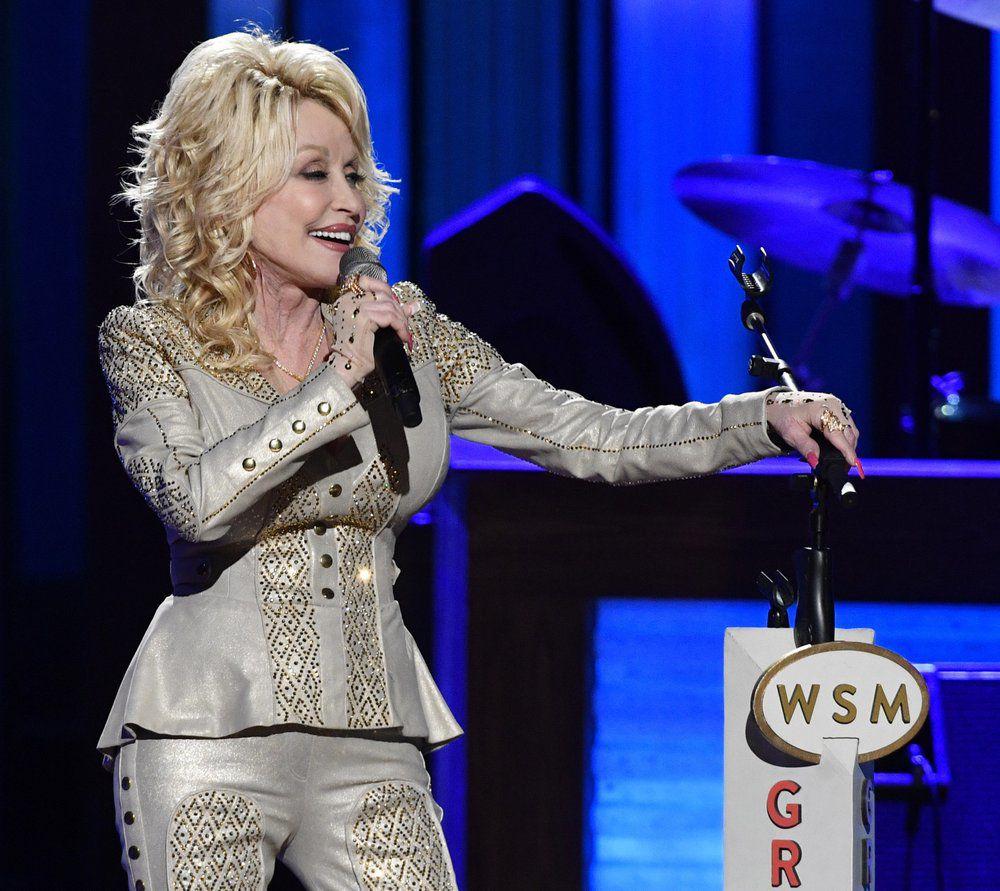 Dolly Parton 3.jpeg