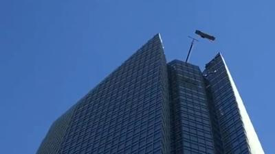 High-rise window washers trapped in basket over Oklahoma City high-rise