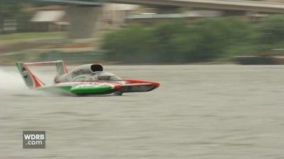 Unlimited hydroplane racing action takes over Madison, IN this
