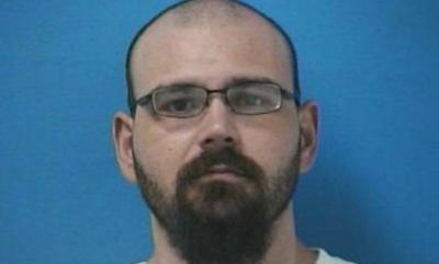 Reward offered in search for killer of Tennessee deputy