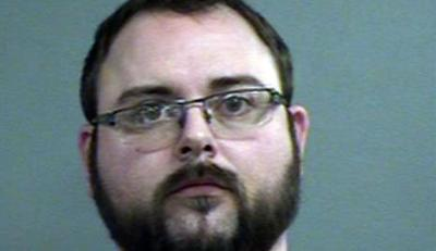 Jeffersontown man accused of holding wheelchair-bound woman at gunpoint
