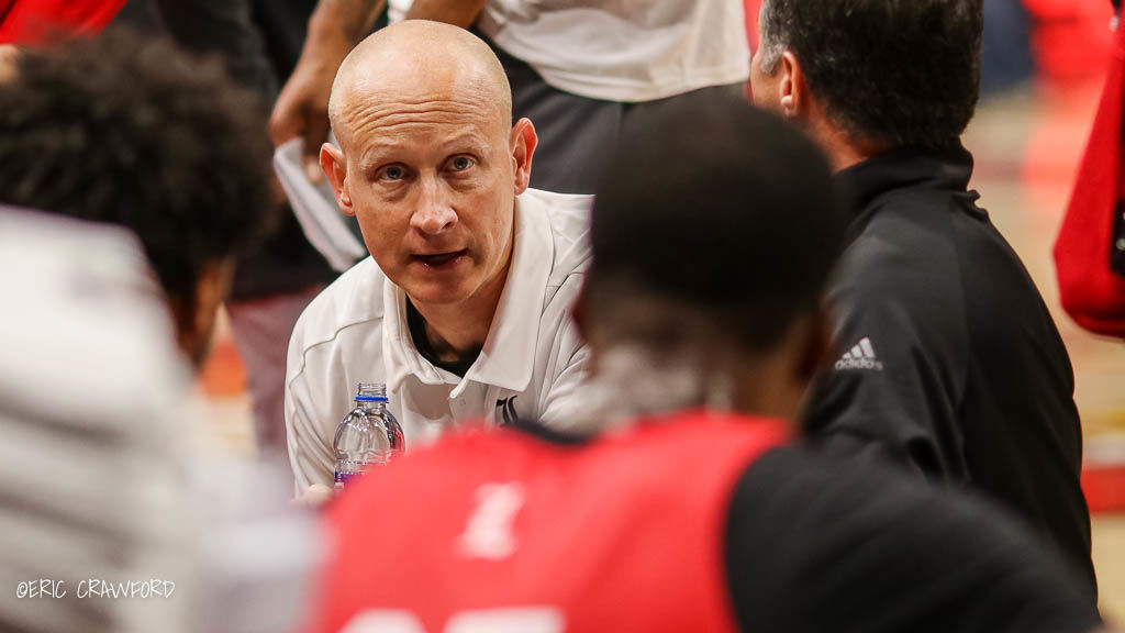 Chris Mack in the huddle