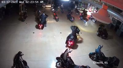 Surveillance video of March 17, 2021 burglary at Kokomo, Ind. Harley-Davidson story