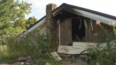 As fire destroys Hodgenville officer's home, community offers support