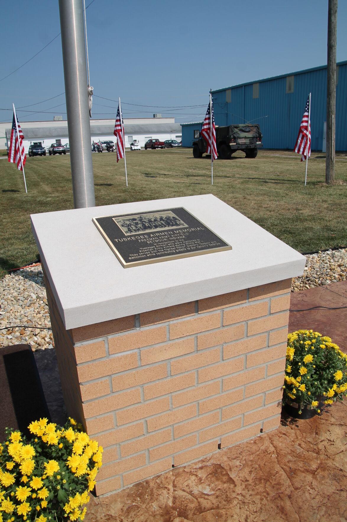 Tuskeegee Armed Heroes Memorial 3.JPG