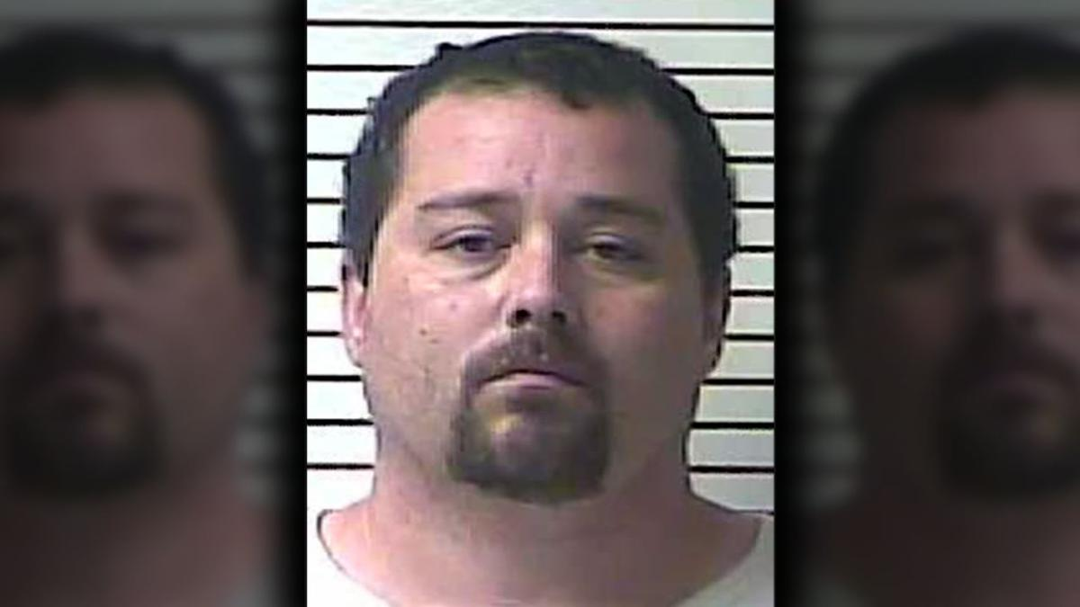 Kentucky man charged with bigamy after 3 marriage licenses