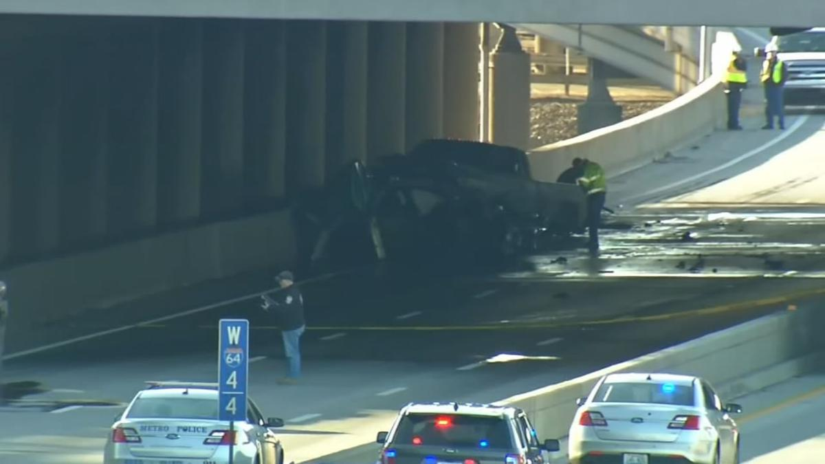 I-64 East to close in downtown Louisville for fatal crash