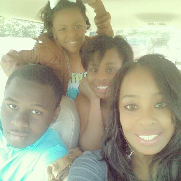 Nashayla Jones and family