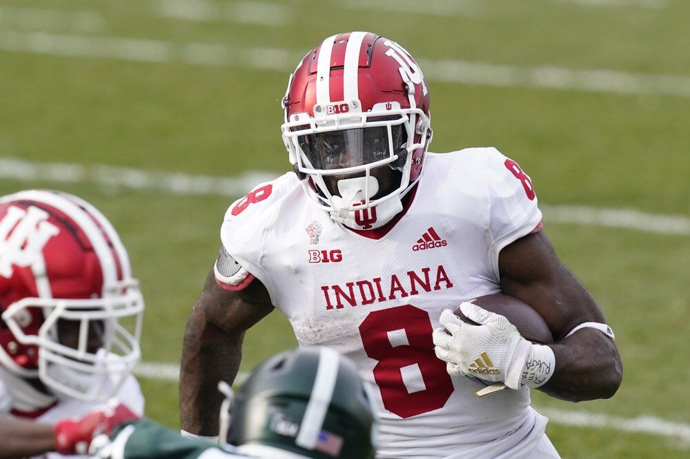 Indiana running back Stevie Scott III rushes