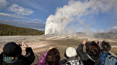 old faithful 10-16-20 fox.jpg