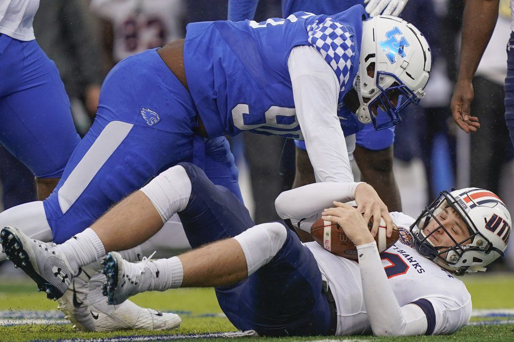 Kentucky football breaks single-game school rushing record ...