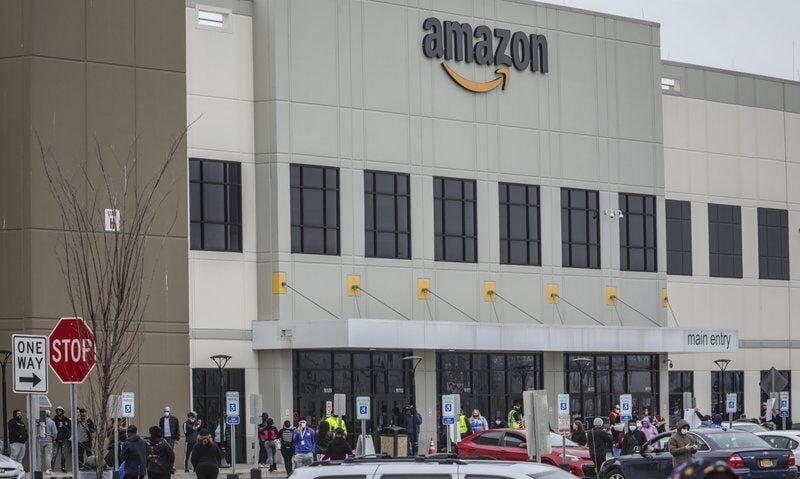 Amazon warehouse in Staten Island