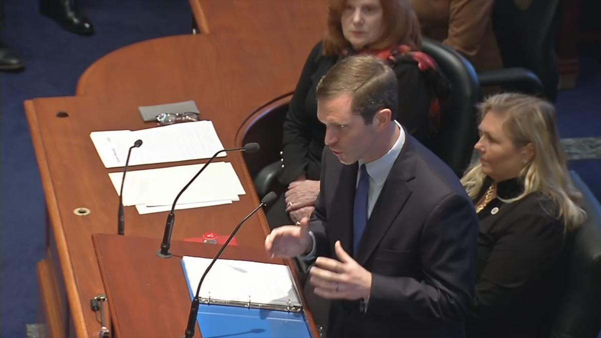 Andy Beshear KY STATE OF THE COMMONWEALTH 10PKG.transfer_frame_2275 gesturing.jpg
