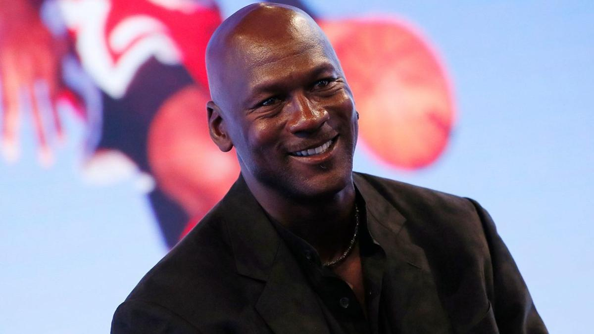 5bc6cf1786d Rare Michael Jordan basketball card sells for record amount after eBay  bidding war | National | wdrb.com