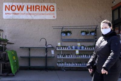 Now Hiring sign in Illinois
