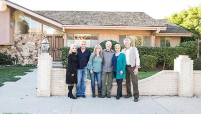 'Brady Bunch' cast reunites at TV home before reality show renovation