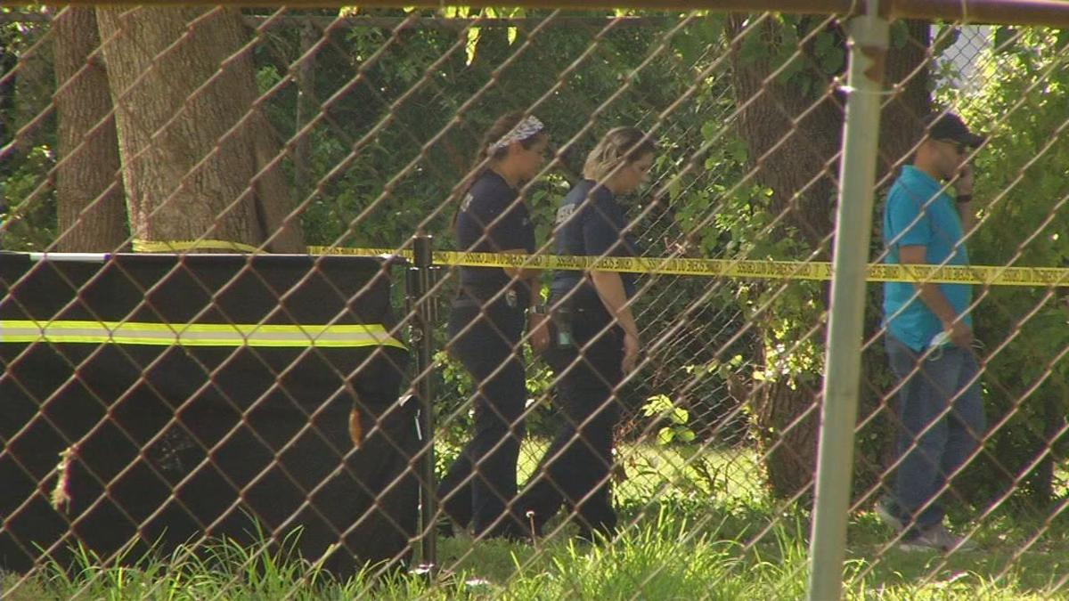 LMPD officers on scene of Portland Homicide - 7-13-20