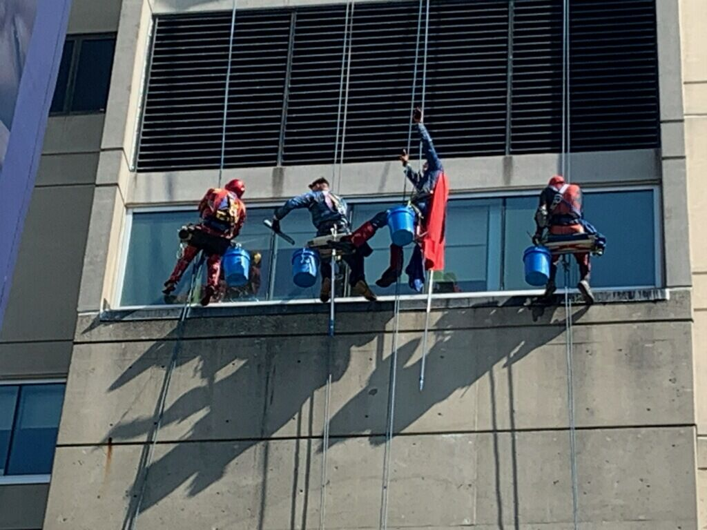 NORTON CHILDRENS HOSPITAL - SUPERHERO WINDOW WASHERS 4-19-2021  (2).jpg