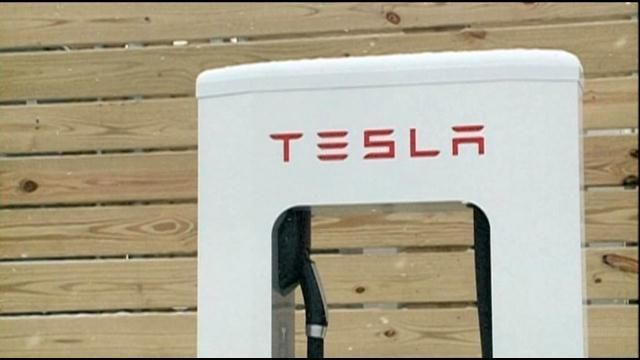 First Tesla supercharger station in Indiana to keep drivers powered up