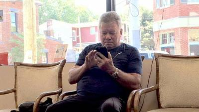 William Shatner reportedly stops in Louisville for a pedicure