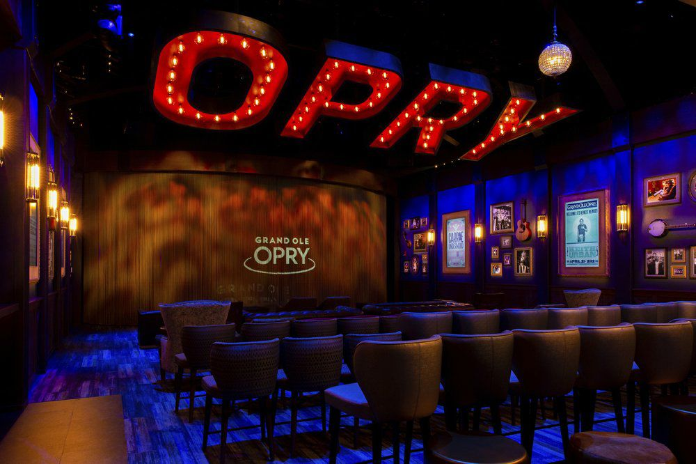 GRAND OLE OPRY - CIRCLE ROOM AP FILE.jpeg