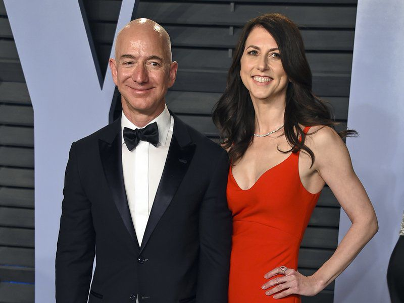 JEFF BEZOS AND EX WIFE MACKENZIE BEZOS - MARCH 2018 AP FILE.jpeg