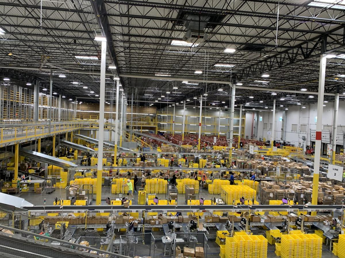 Amazon to spend $700 million dollars to retrain 100,000 workers by 2025