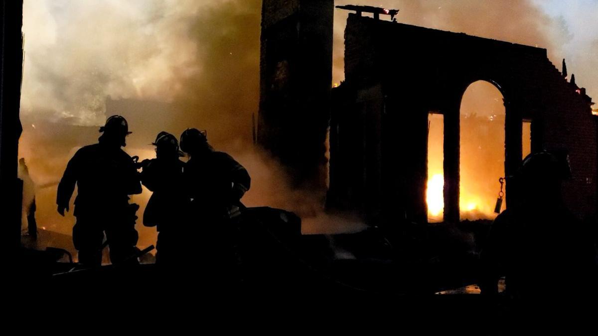 Floyd County house fire 5-13-21 via Lafayette FD (2).jpg