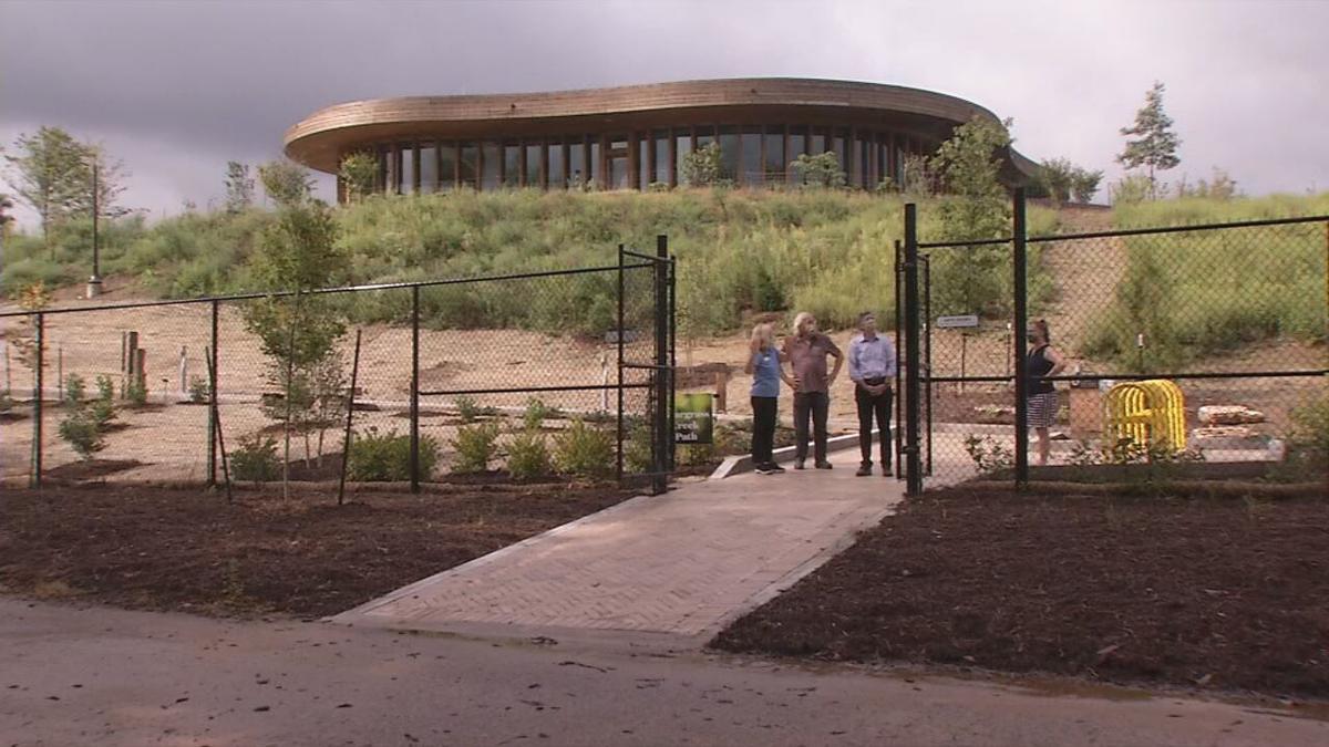 Botanical Gardens Beargrass Path