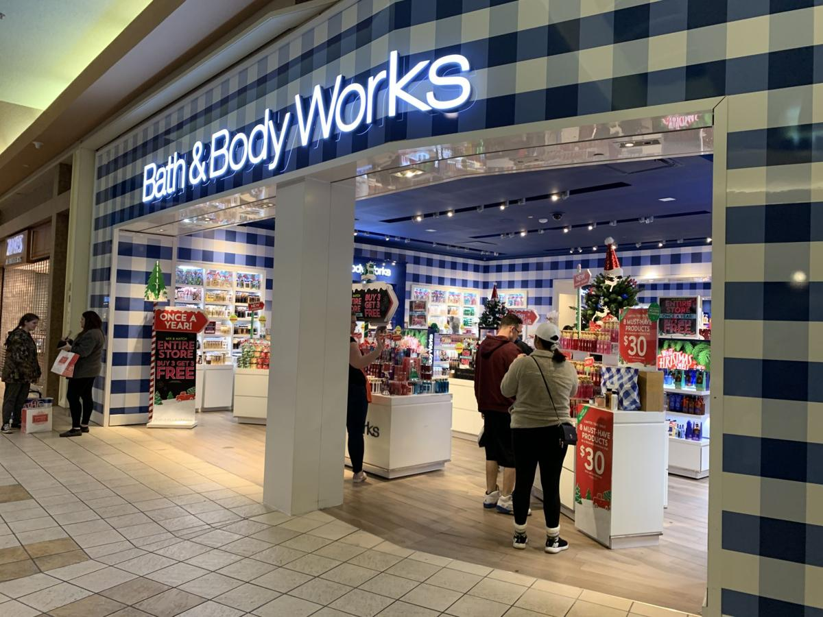 Black Friday Jefferson Mall - Bath and Body Works.jpeg