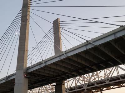 BRIDGES - LINCOLN AND KENNEDY BRIDGES - OHIO RIVER 8-8-19 4.jpg