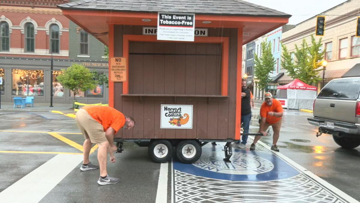 Crews prep for 2021 Harvest Homecoming Booth Days.jpeg